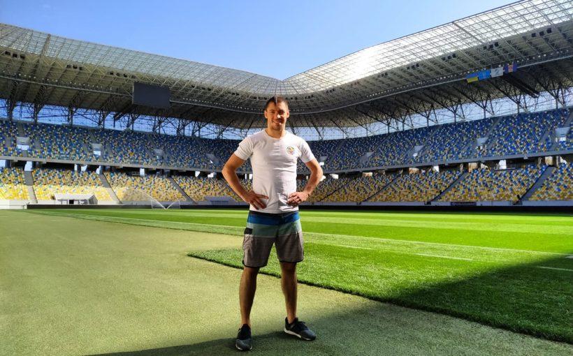 Станіслав Горуна: «Вже п'ять років я гордо ношу оселедець!»