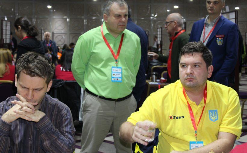 Чоловіча збірна України з львів'янами Василем Іванчуком та Андрієм Волокітіним стала віце-чемпіоном Європи з шахів