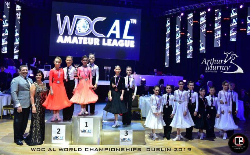 10-річні стрияни в Ірландії стали чемпіонами світу з бальних танців