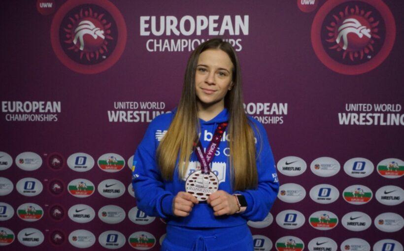 Ангеліна ЛИСАК: «Трішки не вистачило щоб потрапити у фінал, але я задоволена і бронзовою медаллю»