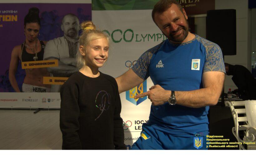 В найбільшому торгово-розважальному центрі заходу України Victoria Gardens відбувся освітньо-просвітній проєкт ECOlympic